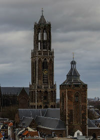 De Domtoren met de Buurkerk in Utrecht