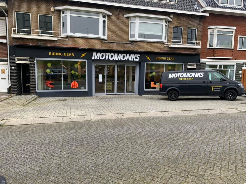 Motomonks